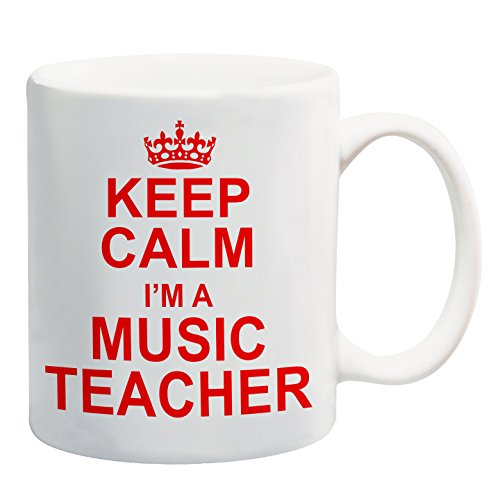 Taza roja con texto en inglés 'Keep Calm I'm A Music...